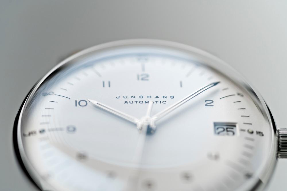 Zifferblatt einer Armbanduhr von Uhrenfabrik Junghans