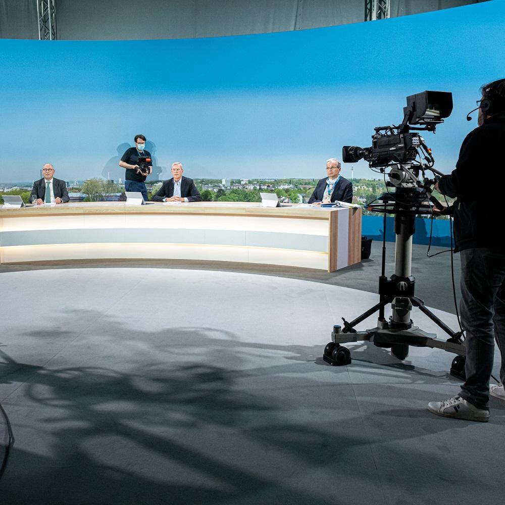 Mit Klick auf dieses Bild sehen Sie Behind-the-Scence-Aufnahmen der virtuellen Hauptversammlung von Vonovia