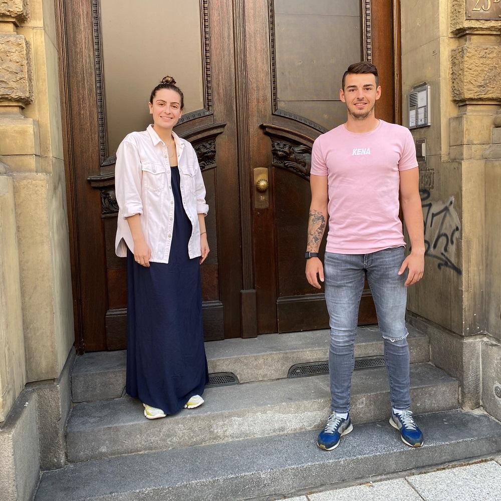 Mit Klick auf dieses Bild sehen Sie die neuen Convensis Mitarbeiter Laura Wirth für das Team Digital und Maximilian Füssenhäuser als Marketingassistenz